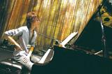 ピアニスト・榊原大がポップス名曲に初挑戦、生楽器の響き活かした味わい深いカヴァー集『Dear Love Songs』を語る