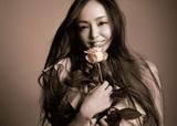 安室奈美恵 『Finally』 日に日に強まる名曲たちの宝石のような輝き、25年の足跡を辿るオールタイム・ベストアルバム