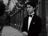 張海鴎『モーツァルト:ピアノ協奏曲第12&13番(弦楽五重奏による室内楽版)』 中国のピアノの貴公子、新譜はエレガントなモーツァルト