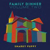 スナーキー・パピーのグラミー受賞作『Family Dinner』第2弾は、ベッカ・スティーヴンスら迎えてジャズ・ラージ・アンサンブルの領域拡張した一枚