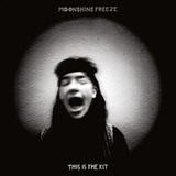 ディス・イズ・ザ・キット 『Moonshine Freeze』 フォーク・サウンドはそのまま、サイケさも加わったラフ・トレード移籍盤