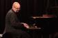 イーサン・アイヴァーソン・トリオ 『Common Practice』 レジェンドたちがジャズをどのように考えて演奏しているか、その理解の深さが音楽を進化させる