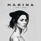 マリーナ 『Love + Fear』 マリーナ・アンド・ザ・ダイアモンズから改名、複雑さを堪えた美しい歌唱が2部構成に統一感をもたらす