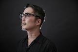 ジャズ・ピアニストのスガダイローがダンサー・田中泯ら3人の表現者と〈対決〉! 即興プロジェクト〈秘境/魔境〉を語る