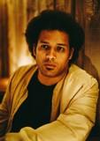 マカヤ・マクレイヴン(Makaya McCraven)はビート・ミュージックを更新する――新作『Universal Beings』を吉田雅史が解析