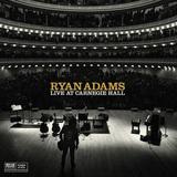 ライアン・アダムス、2014年11月のカーネギー・ホール公演から厳選したファンにはたまらない10曲が音源化