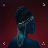 アフリカの民族性受け継ぐSSWのエスカの初作は、〈ジャンルを超越した霊歌〉的雰囲気の歌声が◎&ハーバートらのプロデュース仕事も見事