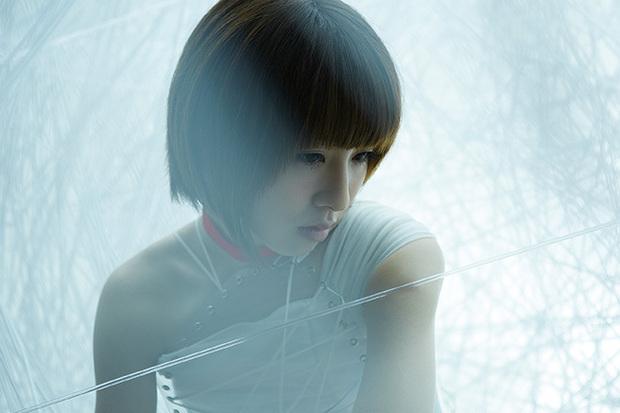 綾野ましろ『ideal white』安田史生プロデュースのシンガーが新アニメ「Fate/stay night」OP曲でメジャー・デビュー