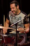 アントニオ・サンチェス インタヴュー―ドラムで表現するメロディー/音楽への飽くなき実験と挑戦