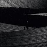 スワヴェク・ヤスクウケ(Slawek Jaskulke)『Music On Canvas』モノクロの絵画にインスパイアされたピアノ・アンビエント