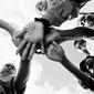 カノ 『Hoodies All Summer』 ロンドンのヴェテランMC、アフロやグライムなど自然な振り幅を提示